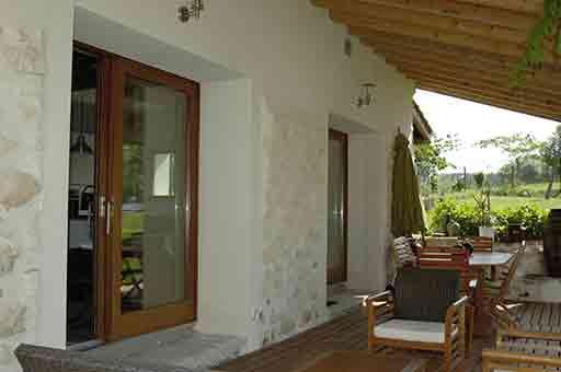 Terrasse dans le Gîte du Pihon locations vacances